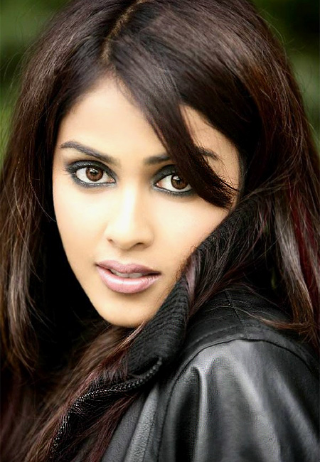 Genelia D Souza - Photo Colection